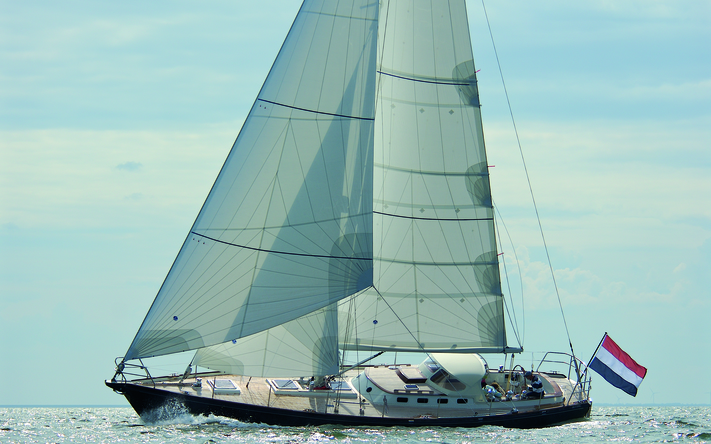 Aluminium custom-built sailing yachts